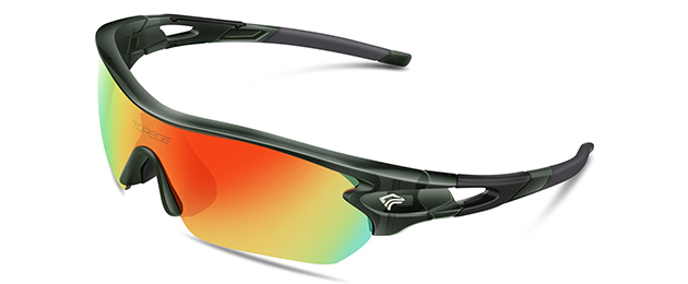 TOREGE Polarized Sports Sunglasses with 3 Interchangeable Lenses