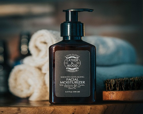 Lather and Wood's Luxurious Sophisticated Mens Moisturizer